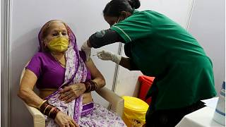 الهند تحظر تصدير عقار ريمديسيفير وسط ارتفاع الإصابات بكورونا على أراضيها