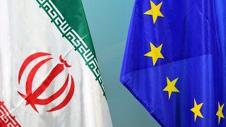 پرچمهای ایران و اتحادیه اروپا