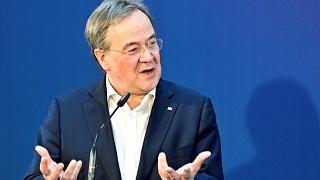رئيس وزراء ولاية شمال الراين وستفاليا ورئيس حزب الاتحاد الديمقراطي المسيحي المحافظ (CDU) ، أرمين لاشيت