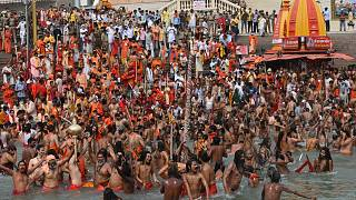 Massenbad im Ganges