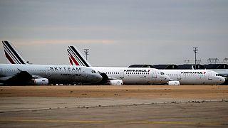 طائرات تابعة لإير فرانس في مطار رواسي في باريس، نوفمبر 2020