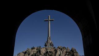 Foto de archivo del 10 de octubre de 2019: el mausoleo del Valle de los Caídos se ve cerca de El Escorial, en las afueras de Madrid, España.