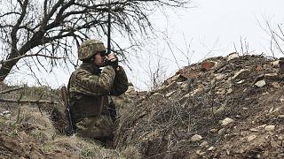 سرباز اوکراینی در جبهه دونتسک