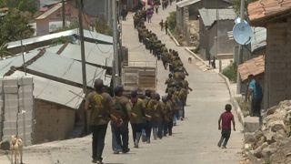 Des enfants contre les trafiquants : des adolescents mexicains entraînés au combat