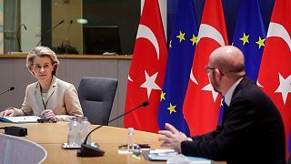 AB Komisyonu Başkanı Ursula von der Leyen, AB Konseyi Başkanı Charles Michel