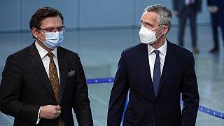 Ukrayna Dışişleri Bakanı Dmitro Kuleba, Brüksel'de NATO karargahını ziyaret ederek NATO Genel Sekreteri Stoltenberg ile görüştü