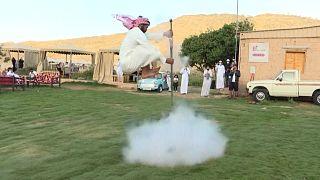 Saudi's Ta'if residents keep folklore war dance alive