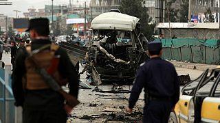 انفجار خودروی بمبگذاری شده در کابل که منجر به زخمی شدن ۱۵ غیرنظامی شد(۱۵ مارس ۲۰۲۱)