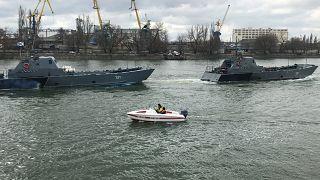 Корабли Каспийской флотилии идут через Ростов-на-Дону в рамках переброски в Чёрное море