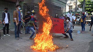 Polgárháború felé sodródik Mianmar
