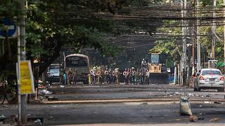 درگیری میان نیروهای امنیتی و معترضان در میانمار