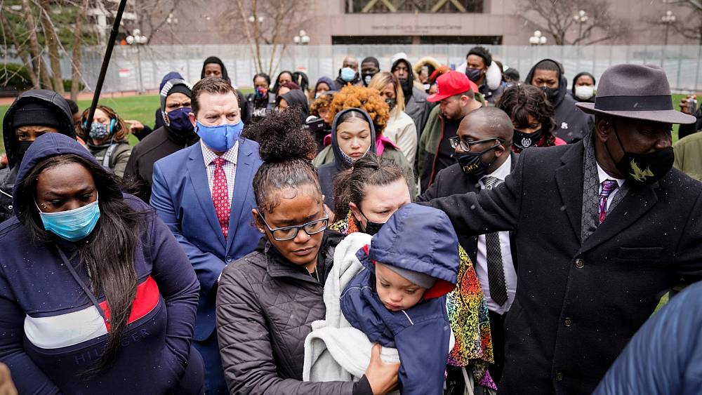 Cop and police chief resign over Black motorist' death in Minneapolis