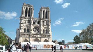 Notre-Dame oggi, due anni dopo l'incendio.