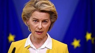 President Ursula von der Leyen az oltási programról beszél