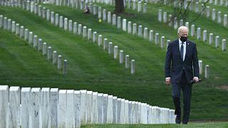 """""""É hora de encerrar a guerra mais longa."""" Biden anuncia retirada do Afeganistão"""