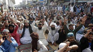 Демонстрация  сторонников организации «Техрик-и- Лаббайк Пакистан»