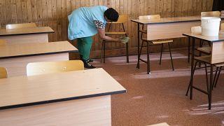 Hétfőn már nyitnak az óvodák és az általános iskolák alsó tagozatai