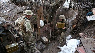 """Dal """"sofagate"""" alla manovre militari ucraino-russe, settimana difficile per la diplomazia"""