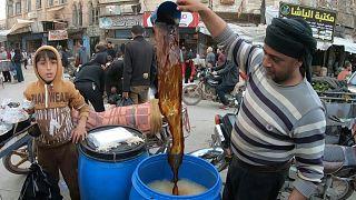 """السوريون في إدلب، وشهر رمضان """"هادئ"""" نسبيا"""