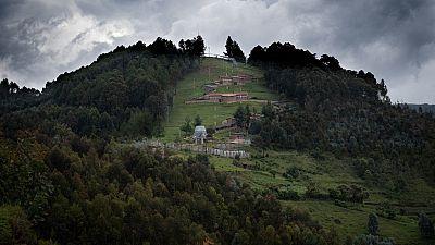 Génocide des Tutsi : un prêtre rwandais mis en examen en France
