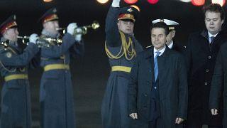 Covid-19 politikaları nedeniyle eleştirilmesinin ardından istifa eden İtalya Başbakanı Guiseppe Conte