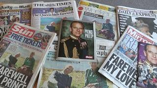 La prensa británica rinde tributo al príncipe Felipe