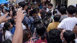 Birmania libera a más de 23.000 presos con motivo de las fiestas de fin de año
