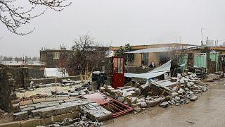 انهيار بعض المنازل جراء الزلزال الذي ضرب جنوب غرب إيران