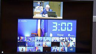 الاتحاد الأوروبي يبحث وضع نافالني