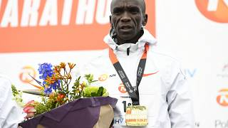 Kenya's world record holder Eliud Kipchoge wins NN Mission Marathon!