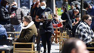Καφετέρια στην Ελβετία - Λειτουργεί η εστίαση σε εξωτερικούς χώρους
