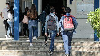 Escolas reabrem em Portugal