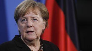Άνγκελα Μέρκελ: «Πρέπει να μιλάμε με την Ρωσία»