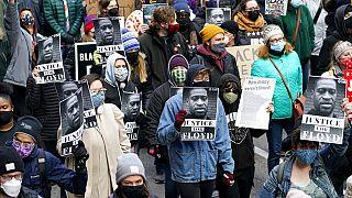 Tüntetés Minneapolis-ban április 19-én