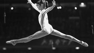 Nadia Comaneci bei den Olympischen Spielen 1976