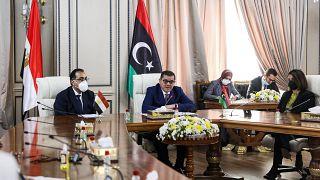 رئيس الوزراء المصري يزور ليبيا