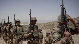 Soldaten der afghanischen Armee bei einer Trainingseinheit, Mai 2012