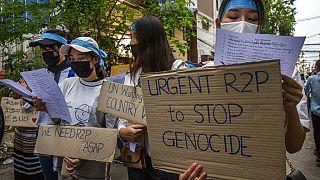 Myanmar'da sivil halkın gösterileri 80 gündür devam ediyor.