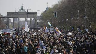 Archivbild, Proteste gegen Corona-Politik in Berlin, am 21. April 2021.