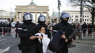 Protestas en Alemania contra la nueva ley que da al Ejecutivo más poder para poner restricciones