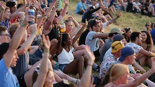 Résztvevők a 47. Glastonburyi Fesztiválon 2017. június 21-én