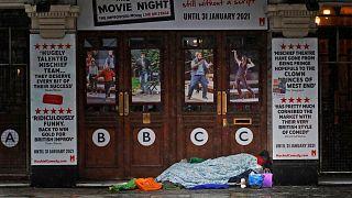 یک بیخانمان در لندن