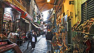 Ο διάσημος δρόμος San Gregorio Armeno στη Νάπολη