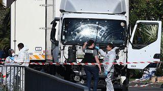 الشاحنة التي استخدمها منفذ الهجوم في نيس الفرنسية في 2016