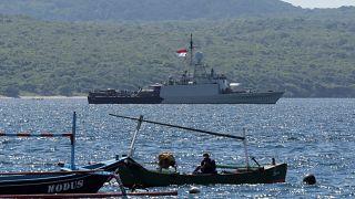 Indonesian Navy ship KRI Singa sails to take part in the search for submarine KRI Nanggala