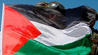 پرچم فلسطین روی صورت سربازان اسرائیلی
