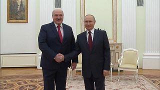 Alexander Lukashenko y Vladímir Putin