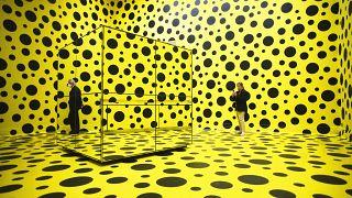 Зал  выставки в Берлине