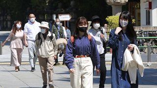 ارتفاع عدد الإصابات بالنسخ الجديدة المتحورة من فيروس كورونا في اليابان