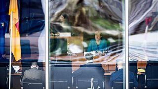 ميركل أمام اللجنة البرلمانية